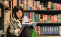 华亿财经网:大学生怎样创