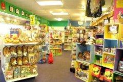 儿童玩具店赚钱吗(开个小孩玩的玩具店赚钱吗?)